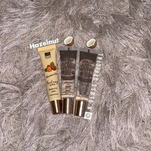 HAZELNUT & COCONUT OIL LIP GLOSSES